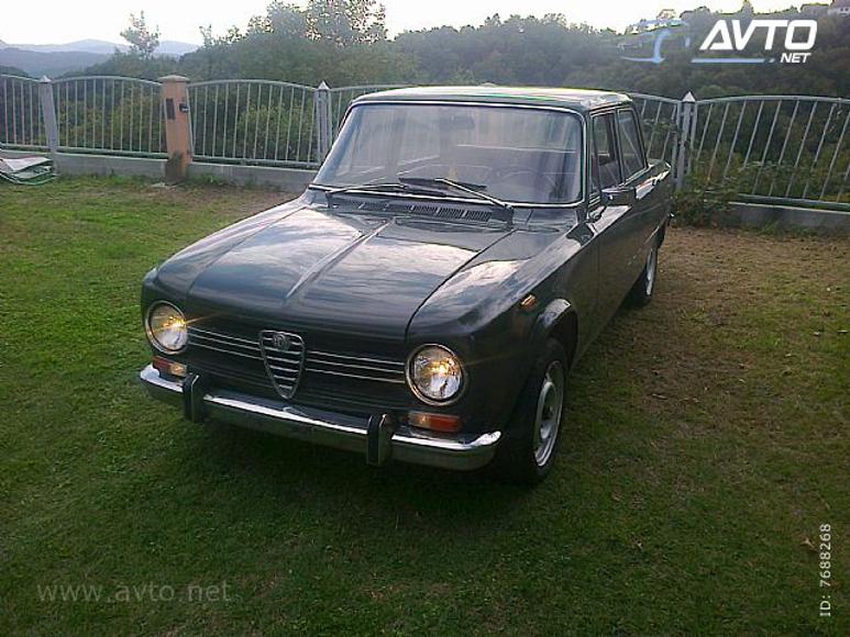 Alfa-Romeo-Giulia-1300-Super-01