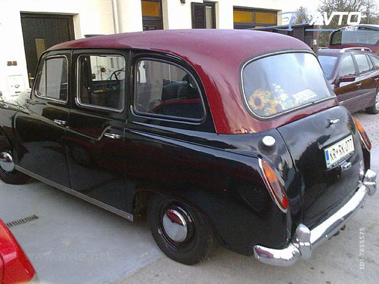 1971-Austin-FX4-5500e-02