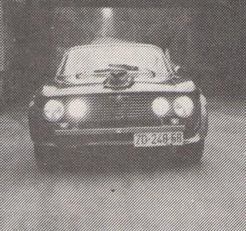 ALFA ROMEO, 1750 GTV, odlično očuvan, metalno crne boje, prodajem. Adresa: Ivica Beneun, Živanski prilaz 1, 57000 Zadar, tel: (057) 34379.