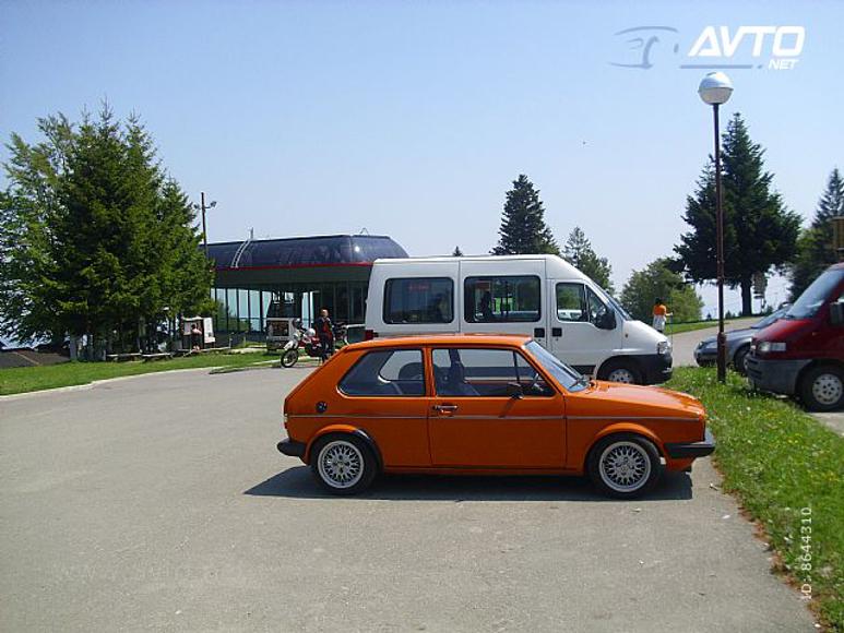 1979-VW-Golf-2990E-02