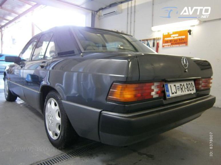 1985-Mercedes-W201-200-1700E-04