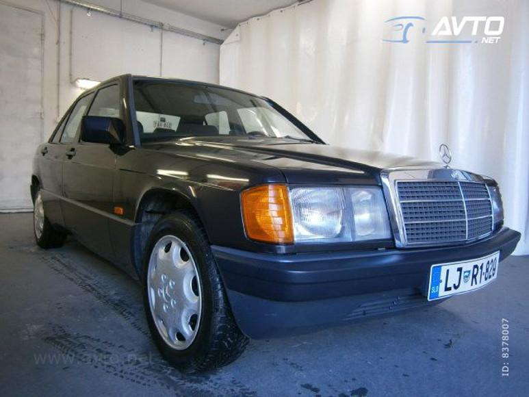 1985-Mercedes-W201-200-1700E-07