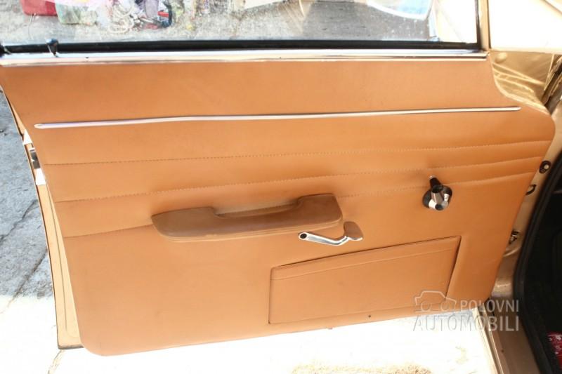 1967-Peugeot-404-5500E-08