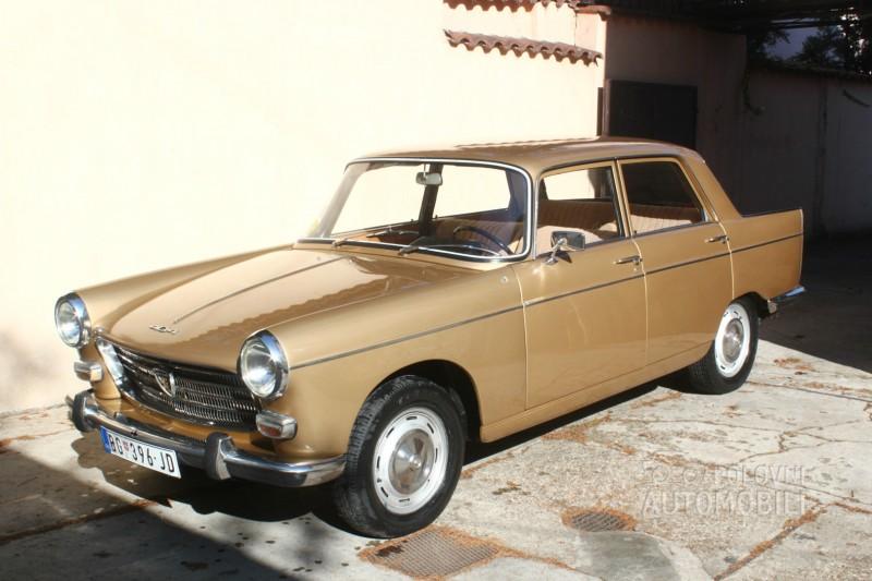 1967-Peugeot-404-5500E