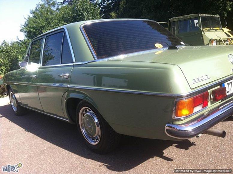 1972 mercedes benz w115 220d autoslavia for Mercedes benz rt 22