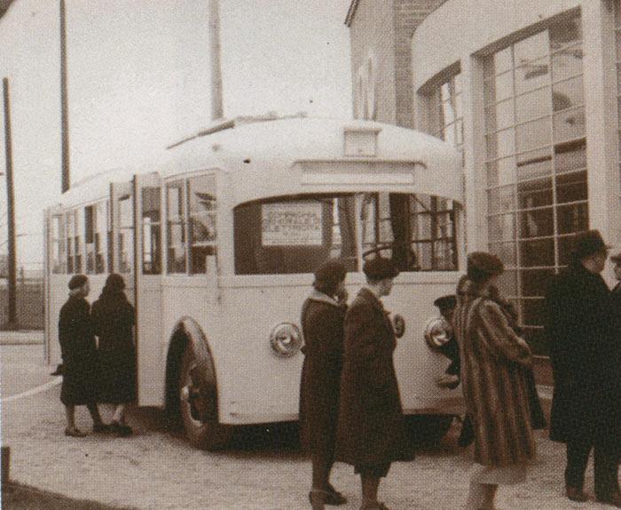 prvi-medjunarodni-sajam-automobila-u-beogradu-19