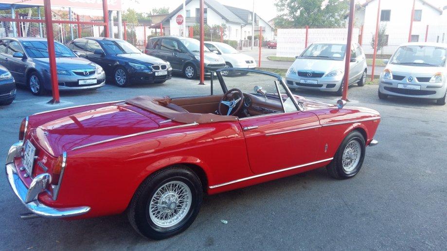 1963-Fiat-1500-Pininfarina-Convertible-29780E-02