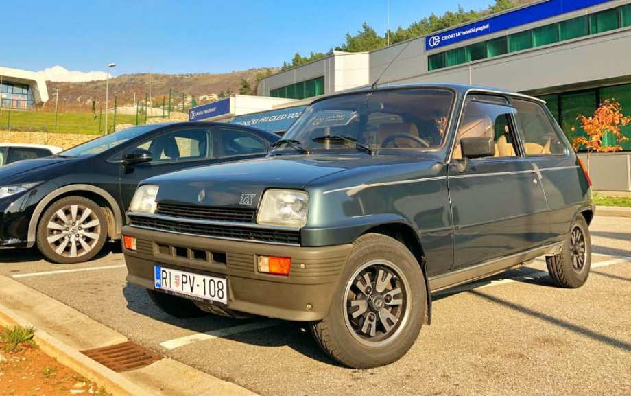 1983-Renault-5-TX-7600E
