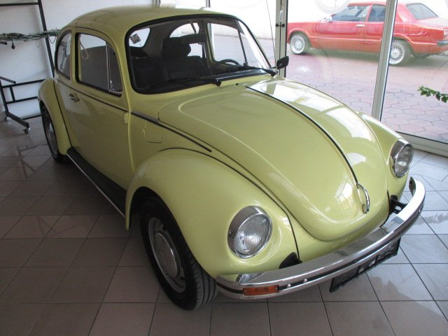 1973-Volkswagen-Buba-1303S-5250E
