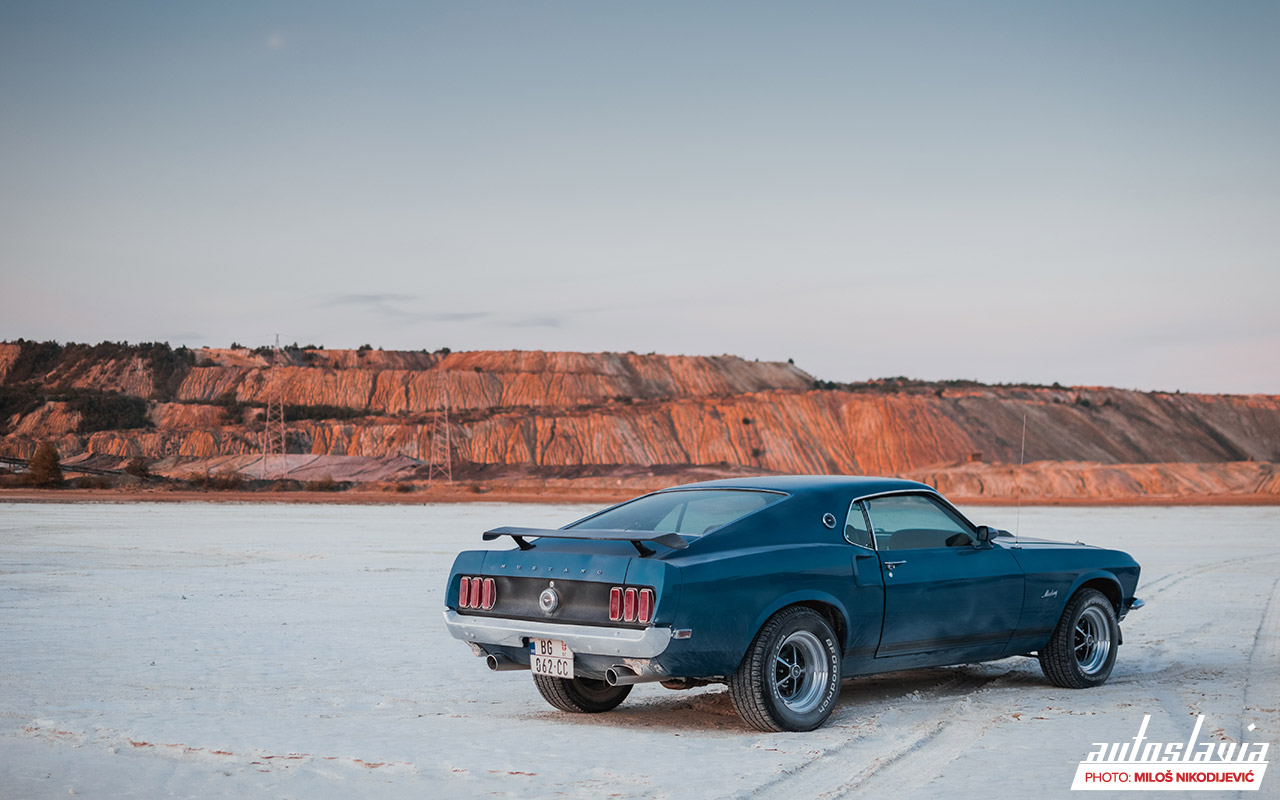 1969 ford mustang sportsroof mach 1 02