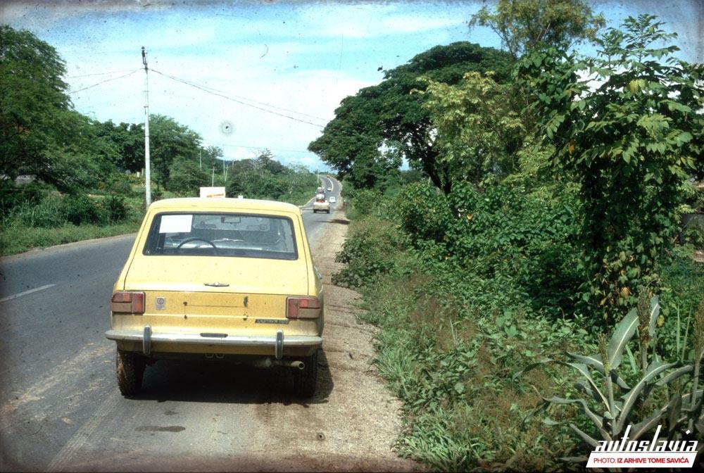 Pojedinačni transport novih automobila od Gvajakulja do Kitoa, Ekvador