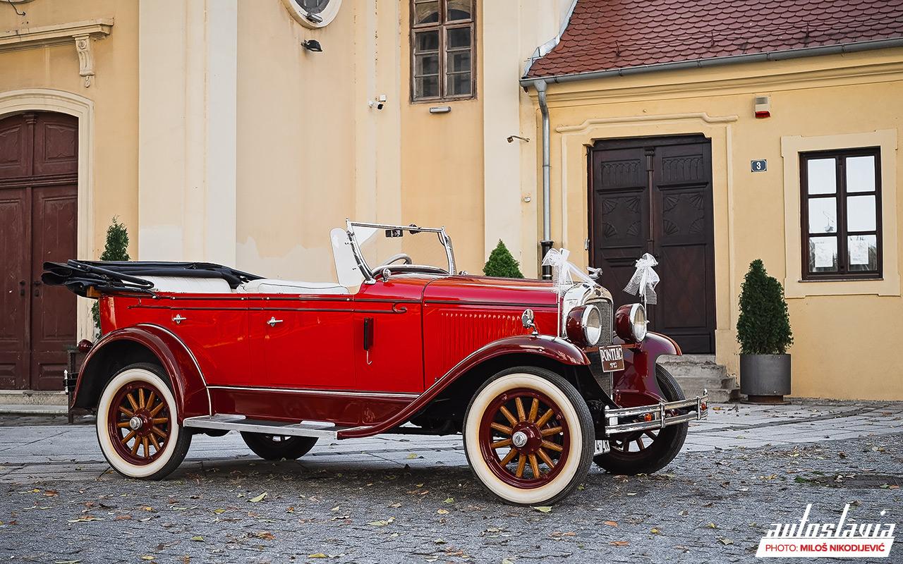 Iznajmljivanje oldtajmera - Pontiac iz 1928. godine